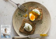 Thought you knew how to poach eggs? Show Grandma this Chelsea Winter's recipe Canning Recipes, Paleo Recipes, Real Food Recipes, Soup Recipes, Chicken Recipes, Yummy Food, Whole 30 Recipes, Great Recipes, Thanksgiving Recipes
