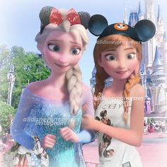 Anna and Elsa at Disney World | @alldisneyprincesses on Instagram
