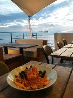 この夏は、海の上にいるかのようなレストラン「マリン&ファーム」へ出かけよう!新鮮なシーフード&野菜を使った料理も魅力 | フード&ドリンク | カルチャー & ライフ | FUDGE.jp