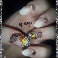 Tigresa nails