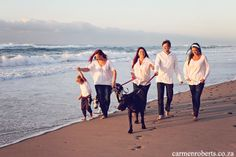 Carmen Roberts Photography, Hay Family, Such a happy family . Family Dogs, Happy Family, Photography, Photograph, Fotografie, Photoshoot, Fotografia