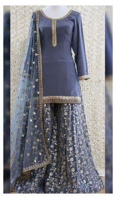Party Wear Indian Dresses, Pakistani Fashion Party Wear, Designer Party Wear Dresses, Pakistani Dresses Casual, Indian Gowns Dresses, Dress Indian Style, Pakistani Dress Design, Indian Designer Outfits, Indian Outfits