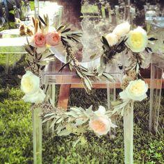 La Rosa Canina #weddingdecor #flowersdecor #weddingintuscany #chairs #dinner  #pienza