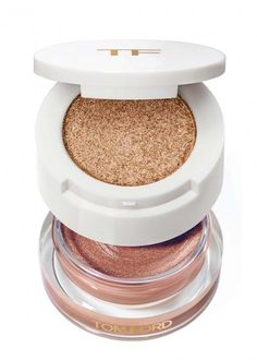 A two-tiered eye colour, Tom Ford's Limited Edition Cream and Powder Eye Colour pairs two coveted formulas in one, to create a lustrous and sexy summertime eye. The ultra pigmented, metallic cream shadow glides onto lids with a rich, molten glow, and the sparkling celestial powder intensifies the look with alluring shimmer.£65.71 per 10.00ml