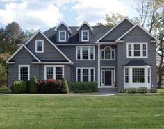 Best exterior paint colora for house gray vinyl siding front doors 37 Ideas Vinyl Siding Colors, Siding Colors For Houses, Exterior Siding Colors, Exterior House Siding, Grey Siding, Best Exterior Paint, Exterior Paint Colors For House, Paint Colors For Home, Paint Colours