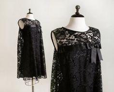 Vintage 1960s Dress  Little Black Lace Cocktail Twiggy by zwzzy
