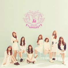 LOVELYZ - Lovelinus (1st Single) CD + Photo Booklet + 2 Photocards Korean Kpop