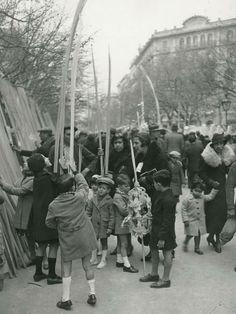 "Barcelona 1934 ""Fira de Rams a la Rambla de Catalunya""  by Pérez de Rozas"