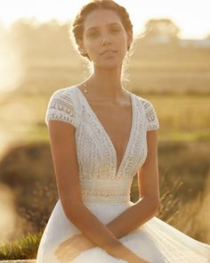 Rustic Wedding Dresses, Wedding Dress Trends, Dream Wedding Dresses, Wedding Bells, Boho Wedding, Wedding Gowns, Jw Moda, Weeding Dress, Gown Pattern