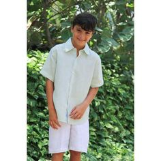 Short-sleeve dress shirt featuring a straight cut with classic collar. Key features: linen Central Back Pleat Short-Sleeve Classic Collar Short Sleeve Linen Shirt, Short Sleeves, Short Sleeve Dresses, Dresses With Sleeves, Pleated Shorts, Linen Shorts, Straight Cut, Dress Shirt, Boy Fashion