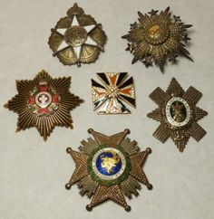 Group of Belt Buckles & Brooches : Lot 242