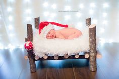 Enjoy Xmas with us! #elenzammarchi #newbornphotographer
