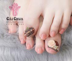 Gem Nails, Love Nails, Pretty Nails, Hair And Nails, Nail Gems, Gorgeous Feet, Beautiful Nail Designs, Toe Nail Art, Nail Spa