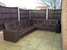 stained whole pallet L-sofa frame