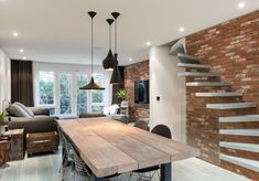 Immaculate Townhouse with Garden in St Pauls Mews London | Wave Avenue