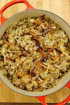 Lentils and Rice - Eat Well Spend Smart Ultimate cheap eats: Mujaddara Lentils and rice. - Ultimate cheap eats: Mujaddara Lentils and rice. Lebanese Recipes, Indian Food Recipes, Real Food Recipes, Cooking Recipes, Cooking Bacon, Lentil Recipes, Vegan Recipes, Cheap Recipes, Cheap Vegetarian Recipes