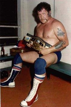 the world heavyweight champion Harley Race Watch Wrestling, Wrestling Stars, Wrestling Tattoos, Nwa Wrestling, Harley Race, Wrestling Superstars, Ric Flair, Professional Wrestling, Old School