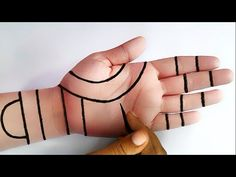 सरल और नया मेहंदी डिजाइन - Easy Trick Hand Mehndi with Dots- Mehndi for Beginners - Mehndi Desigs - YouTube Mehndi Designs Front Hand, Pretty Henna Designs, Mehndi Designs For Kids, Mehndi Designs Feet, Mehndi Designs Book, Modern Mehndi Designs, Mehndi Designs For Fingers, Simple Mehndi Designs, Mahendi Designs Simple