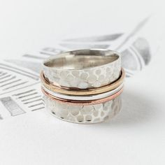 Large martelé argent filature Ring Chunky par CharlottesWebEtsy