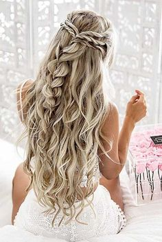 10 pretty braided hairstyles for the wedding - wedding hairstyles with long . - 10 pretty braided hairstyles for the wedding – wedding hairstyles with long hair – - Wedding Hair And Makeup, Hair Makeup, Makeup Hairstyle, Curly Hair For Wedding, Bohemian Wedding Hair, Khaleesi Hairstyle, Bohemian Makeup, 2017 Hairstyle, Beach Wedding Makeup