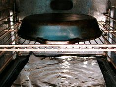 Place the skillet upside down on the oven's center rack. Place a sheet of aluminum foil below the rack to catch any drips. Bake for an hour. Turn off heat and allow to the skillet to cool completely before removing from oven. Household Cleaning Tips, Diy Cleaning Products, Cleaning Solutions, Cleaning Hacks, Reseason Cast Iron, Season Cast Iron Skillet, Cast Iron Grill Pan, Seasoning Cast Iron, Retro Housewife