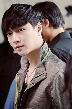 lay (zhang yixing)