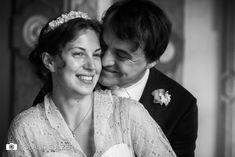 Hochzeitsfotos in Schwarz-Weiß - Sophie und Peter - Roland Sulzer Fotografie - Blog Blog, Wedding Dresses, Fashion, Dress Wedding, Monochrome, Simple, Bride Dresses, Moda, Bridal Gowns