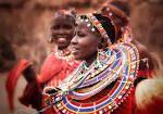 Mujer Masai Tanzania, Tribu Masai, Bangles, Bracelets, African Fashion, Afro, Hats, Inspiration, Jewelry