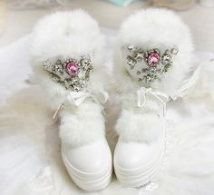 57.55$  Watch here - http://alizet.worldwells.pw/go.php?t=32761979362 - Real Rabbit Fur Winter Boots Rhinestones Diamond Fashion Snow Boots Thick Warm High-Top Women Shoes Large Size 40 41 57.55$