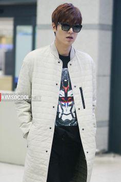 Lee Min Ho | airport fashion