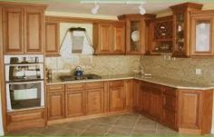 Resultado de imagen para gabinetes para cocina de madera
