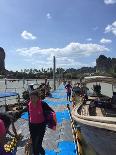 Krabi Floating Bridge  NEXT FLOAT (Bridge)  H: www.nextfloat.net