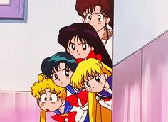 Ladies and gentlemen, the brave face of the one and only Sailor Moon.