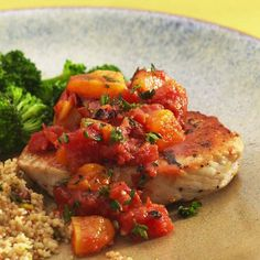 Pork Chops with Apricot-Tomato Chutney Recipe totes gonna make this for dinner tonight. Dairy Free Recipes, Healthy Recipes, Diabetic Recipes, Gluten Free, Healthy Dinners, Healthy Food, Healthy Eating, Yummy Food, Healthy Pork Chops