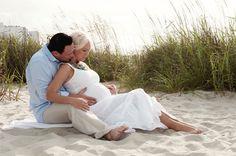 beach maternity photography -