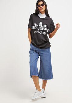 9d871c0392 adidas Originals INKED BOYFRIEND FIT - Print T-shirt - black for £26.00 (