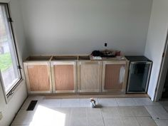 new kitchen cabinets In this DIY tutorial, I explain the easiest way to build base cabinets on a budget. This method can be used for kitchen cabinets or for bathroom vanities. Cheap Kitchen Cabinets, Diy Kitchen Island, Diy Cabinets, Custom Cabinets, Base Cabinets, Kitchen Cabinetry, Kitchen Drawers, Kitchen Redo, Storage Cabinets