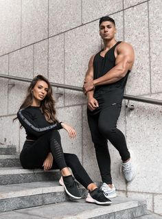Couples Fitness Photography, Fitness Couples, Fit Couples Pictures, Shirts & Tops, Poses, Gym Boy, Gym Outfit Men, Gym Couple, Sport