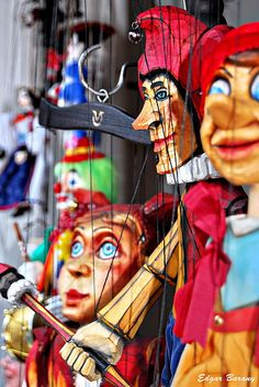 A marionette is a puppet controlled from above using strings; a marionette's puppeteer is called a manipulator. Punch And Judy, Marionette Puppet, Toy Theatre, Statues, Puppet Show, Puppet Making, Joker, Kids Hands, Creepy Dolls