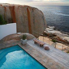 La terrasse avec piscine
