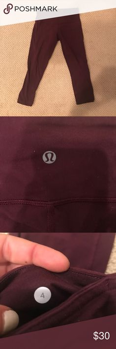 Maroon crop legging Only worn a couple of times. lululemon athletica Pants