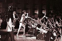 David Bowie - Starman - Ziggy Stardust- Let The Children Lose It <> U of Music