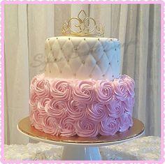 Princess babyshower cake - Hochzeitstorten - Baby Tips 15th Birthday Cakes, Sweet 16 Birthday Cake, Birthday Cake Girls, Birthday Diy, Sweet 16 Cakes, Cute Cakes, Pretty Cakes, Girl Baby Shower Decorations, Girl Baby Shower Cakes