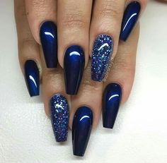 Here is Navy Blue Nail Designs Collection for you. Navy Blue Nail Designs elegant navy blue nail colors and designs for a supe. Fancy Nails, Trendy Nails, Sparkle Nails, Classy Nails, Simple Nails, Simple Elegant Nails, Prom Nails, My Nails, Nails 2018