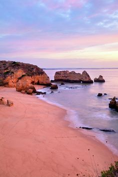 ✮ Sunrise at Praia Dona Ana Beach in Lagos, Portugal