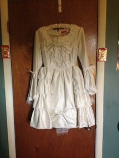 Camelot OP « Lace Market: Lolita Fashion Sales and Auctions