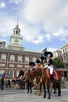 Flag Day & Army Birthday Celebration - PHILADELPHIA - The Pennsylvania National Guard's First Troop Philadelphia City Cavalry arrives at Independence Hall following a parade down Independence Mall to celebrate Flag Day and the U.S. Army's 237th birthday. The Pennsylvania National Guard participated in the ceremonies which celebrated the anniversaries of both the U.S. Flag and the U.S. Army on Independence Mall June 14, 2012.