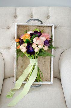 diy bouquet and directions here http://www.weddingchicks.com/2014/02/25/bridal-bouquet-diy/