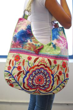 Bohemian Embroidery and Flower Print Deco Hobo Bag