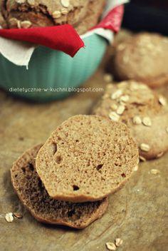 Bułki grahamki, prosty przepis bez cukru - Dietetyczne Fanaberie Calzone, Vegan Breakfast, Bakery, Food And Drink, Low Carb, Cookies, Desserts, Pierogi, Pizza